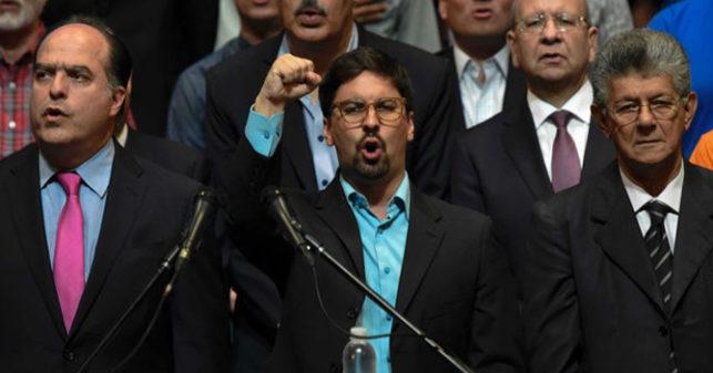 Oposición desmiente que esté dialogando con la oposición
