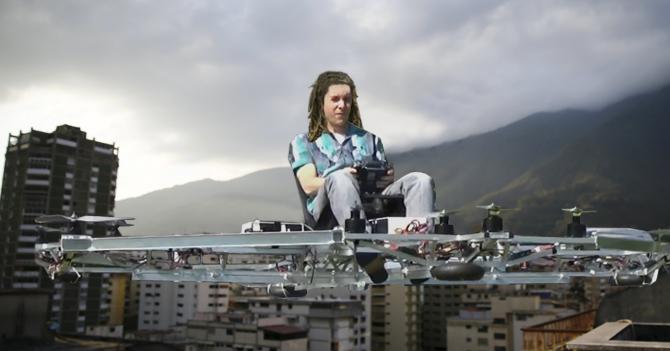 Exceso de alcabalas produce que marihuanero de giro en un drone