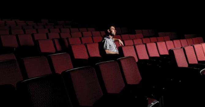Joven se queda 8 días en la sala al terminar película de Marvel y descubre nuevo final