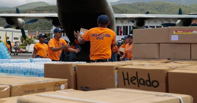 """Para que Maduro acepte, comunidad internacional cambia el término """"Ayuda Humanitaria"""" por """"Helado"""""""