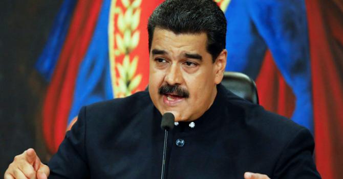 """Maduro: """"Decídanse ¿Quieren pernil o medicinas?"""""""