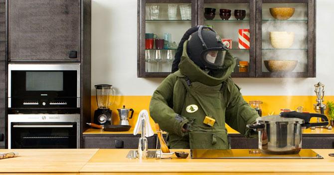 Equipo antiexplosivos desactiva con éxito olla de presión