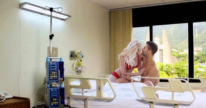 Joven sorprende a novia llevándola a pasar noche lujosa en habitación de clínica