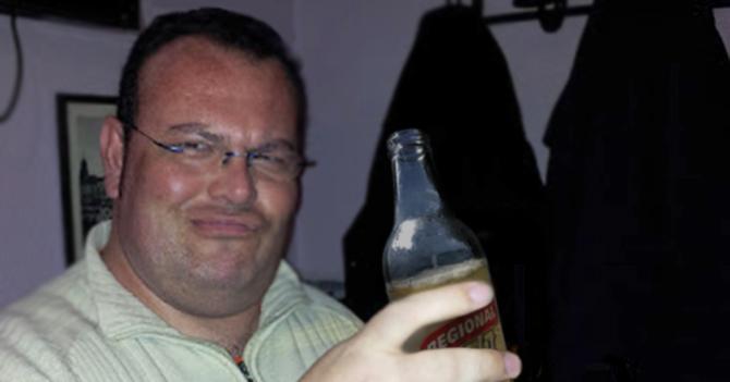 Hombre que se bebió tres cajas de cerveza se convierte en la única cosa prendida en Maracaibo