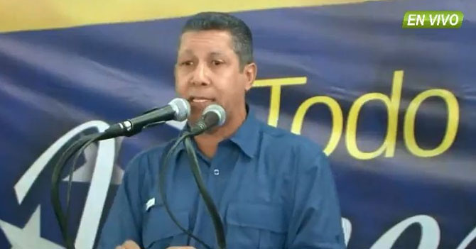 """Falcón pide nuevas elecciones para final de año para gritar """"fraude"""" con un clima más fresquito"""
