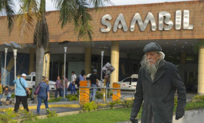 Indigente neoyorquino se muda a Venezuela y compra franquicia Sambil