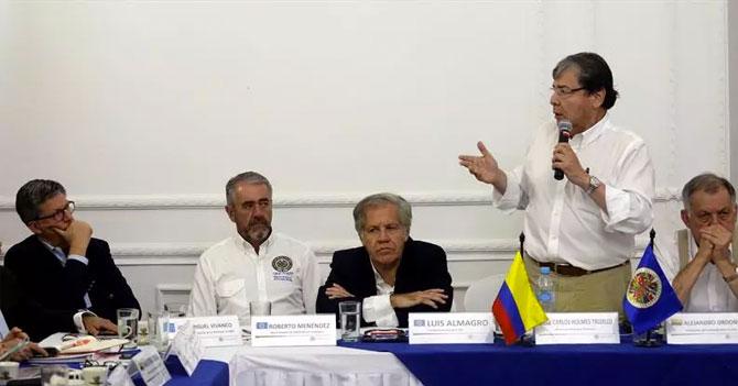 Comunidad Internacional asegura que no intervendrá en Venezuela porque es mejor no meterse en asuntos de pareja