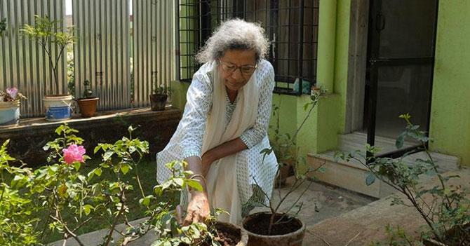 Señora sufre infarto tras recibir respuesta de una de sus plantas
