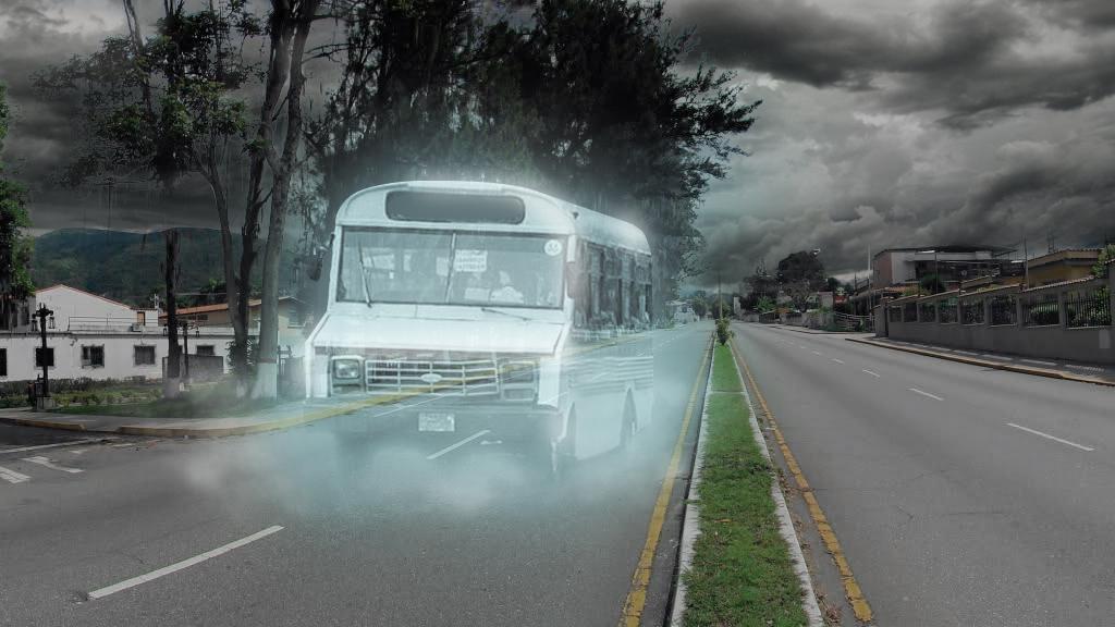 Aparición de transporte público aterroriza a habitantes de Mérida