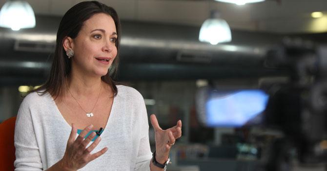 Manual de Lucha para sacar la dictadura por María Corina Machado