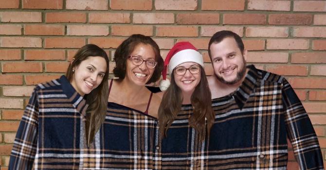 Familia venezolana compra camisa XXXXXXXL para que todos puedan estrenar el 31