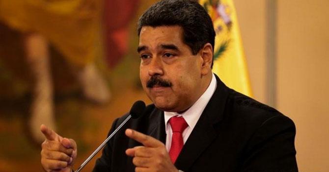 """Maduro a los profesores universitarios: """"10 bolívares es sueldo, lo demás es lujo"""""""