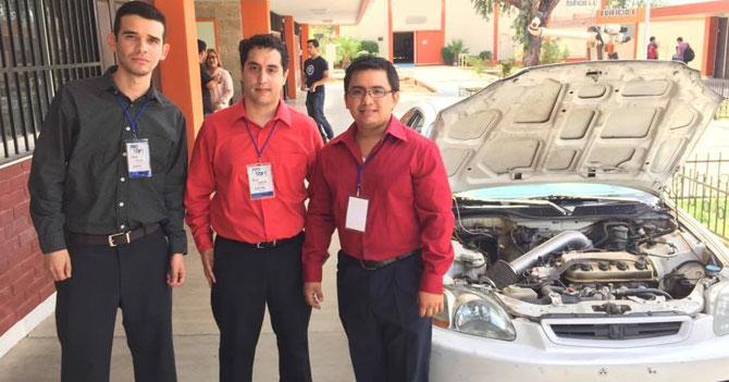 Estudiantes de LUZ desarrollan primer automóvil que usa groserías como combustible