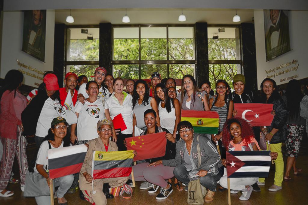 Modelo de Naciones Unidas de la Universidad Bolivariana expresa su reconocimiento a Maduro