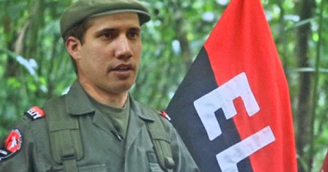 Guaidó se disfraza de guerrillero del ELN para poder entrar sin problemas a Venezuela