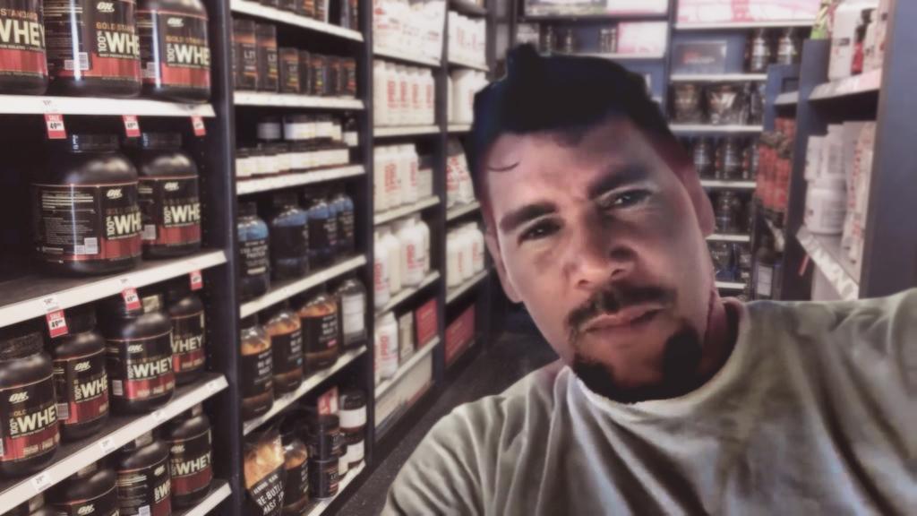 Winston graba video en su despensa llena de esteroides para desmentir la crisis humanitaria