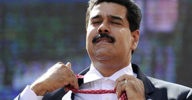 Luego del apagón de 6 días, Maduro decide cambiarse el nombre a Christian Grey