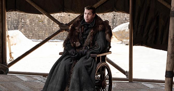 Henri Falcón se compra una silla de ruedas a ver si así logra ser presidente