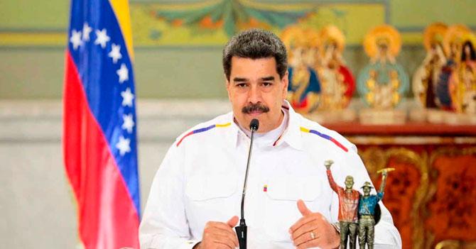 Maduro anuncia racionamiento de ministros de Energía Eléctrica