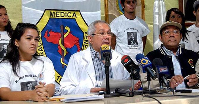 Federación Médica Venezolana retira licencia a doctor que siempre llega temprano a sus consultas