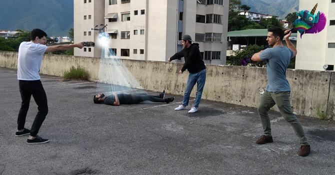 Internet de Venezuela obliga a ciudadanos a jugar Fortnite en la calle