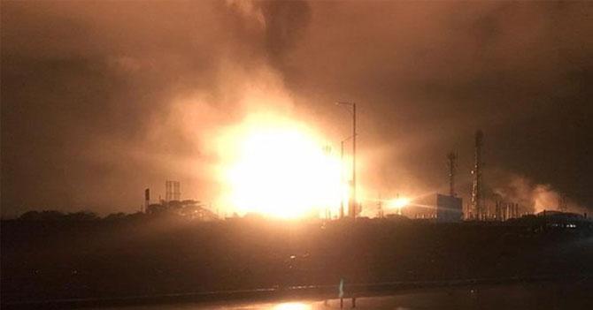 PDVSA cambia su rubro de explotación de petróleo a explotación de plantas petroleras