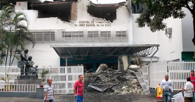 Gobierno demuele J.M. de los Ríos para evitar que reciba ayuda de ONG