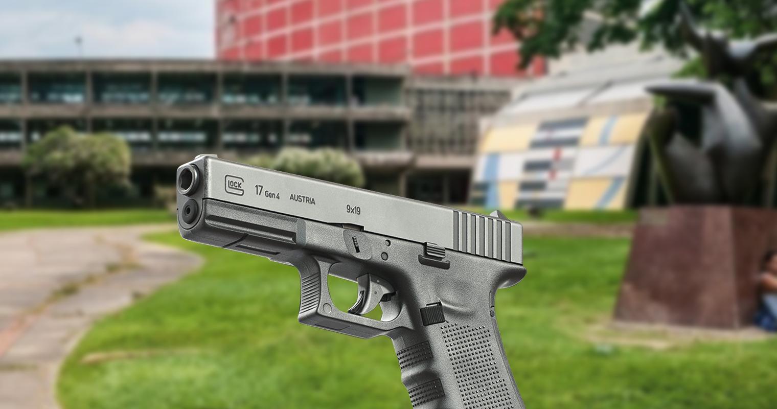 Chavismo lanza Glock 17 como dirigente estudiantil de la UCV