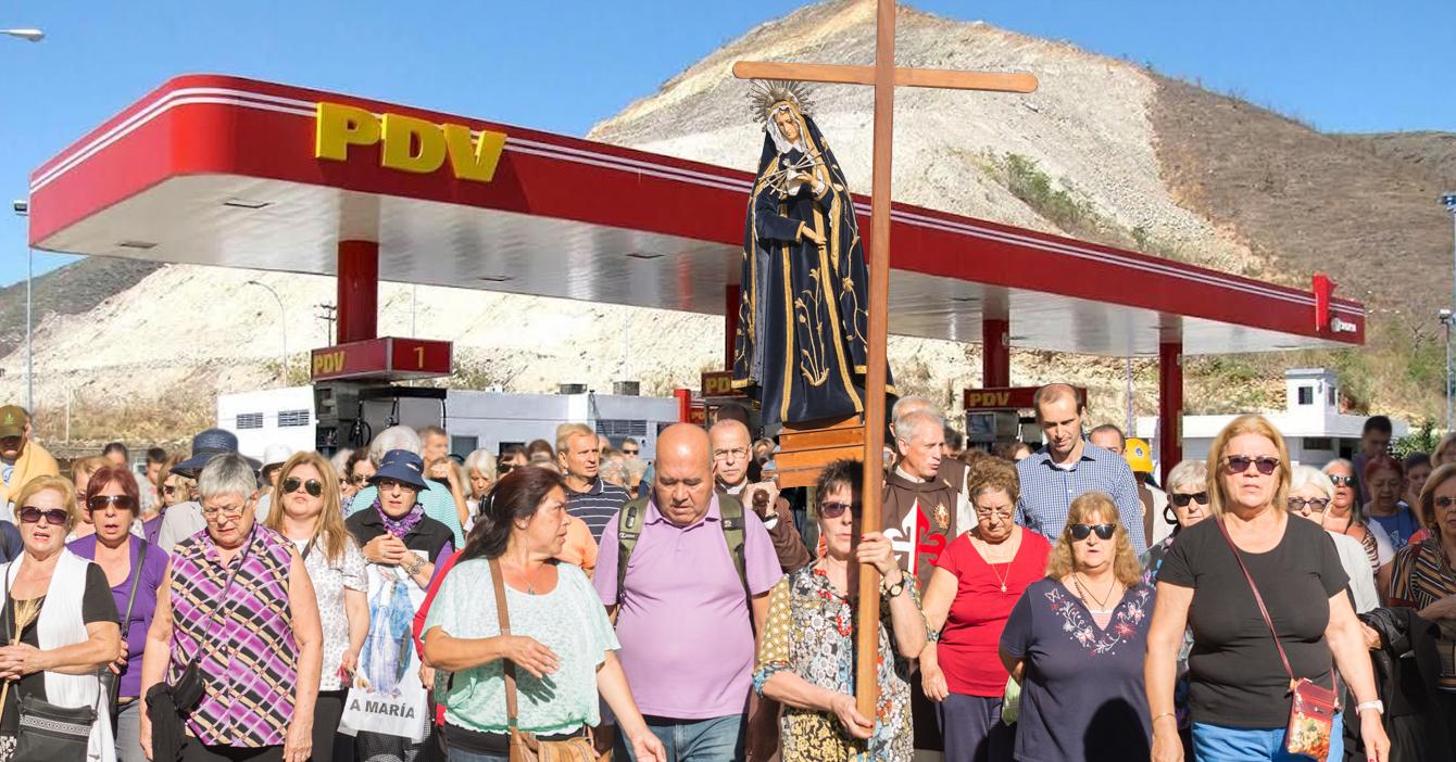 Peregrinos realizan visita a las 7 Bombas de Gasolina en Semana Santa