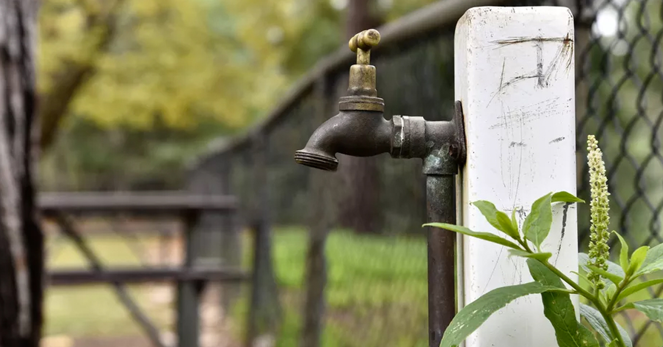 Gobierno envía agua por 20 segundos al día para lavarse las manos como recomienda la OMS