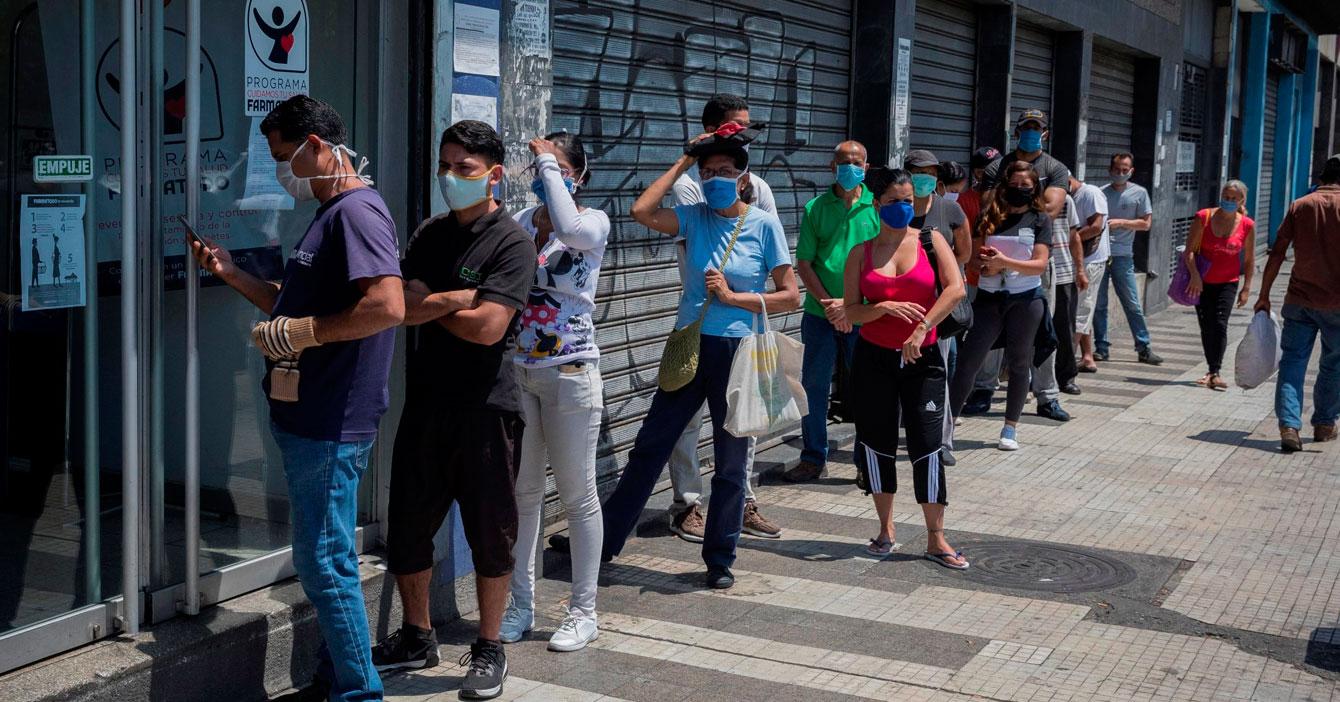 """Descubren que """"Nueva normalidad de Venezuela"""" significa ponerle una mascarilla a la vieja normalidad de Venezuela"""