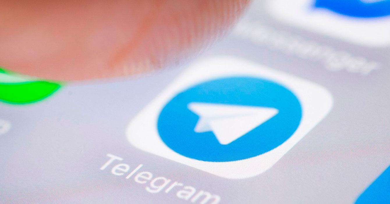 Caída de Whatsapp hace que jefe fastidie por Telegram