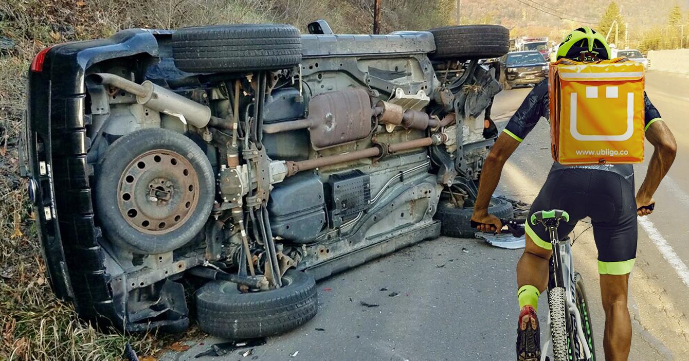 Camioneta da pérdida total tras chocar con durísimas nalgas de ciclista de delivery