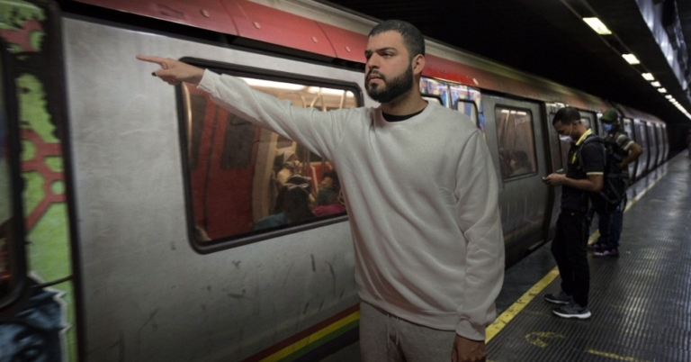 Metro de Caracas exigirá que sus usuarios pidan la parada