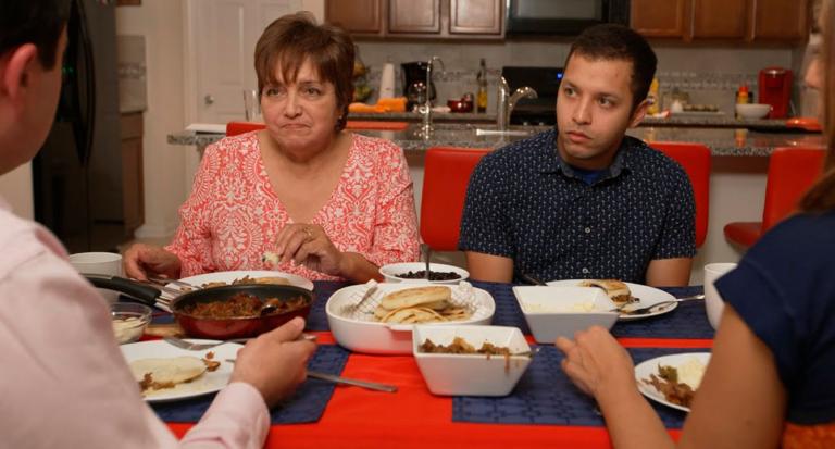 Familia cansada de la política ahora pelea por Meghan y Harry