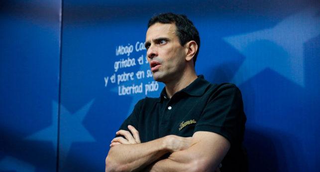 Gobierno habilita a Capriles porque ya qué tanto