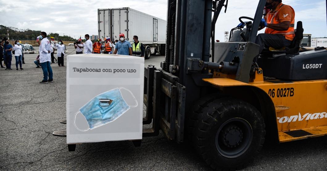 Gobierno anuncia la llegada de caja de tapabocas con poco uso