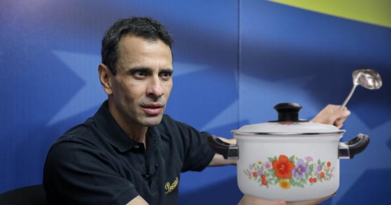 Capriles rifa juego de ollas para cuando le roben las elecciones
