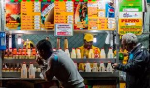 Perrero sin sencillo redondea cuenta de 2 pepitos a $100