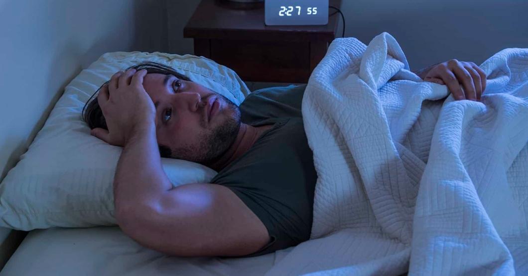 Caída del Bitcoin no deja dormir a joven que invirtió $5 la semana pasada