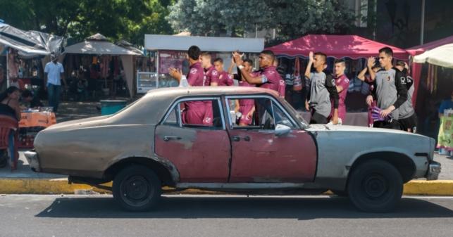 FVF bota casa por la ventana y envía a la Vinotinto en carrito por puesto desde San Cristóbal