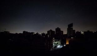¿Estás contento hoy? Este apagón de doce horas es para recordarte que Venezuela no se ha arreglado
