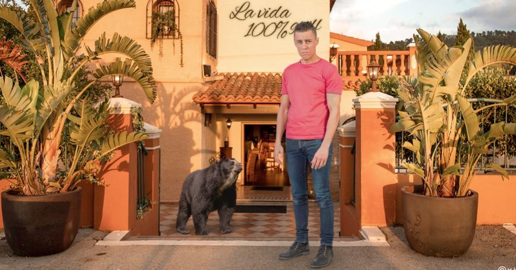 """PUBLICIDAD FALSA: Señor es botado de restaurante """"pet friendly"""" por llevar su oso frontino"""